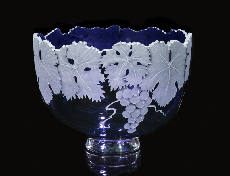 Cabernet Grape Bowl art glass by Cynthia Myers